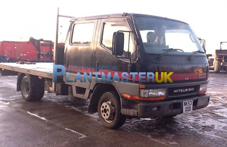 mitsubishi canter hd 3 5 ton crew cab flat bed truck year 2004 for sale in durham united. Black Bedroom Furniture Sets. Home Design Ideas