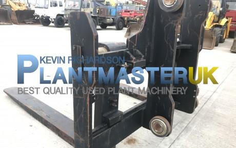 Forks and Carraige to suit 25 ton forklift unused | Plantmaster UK